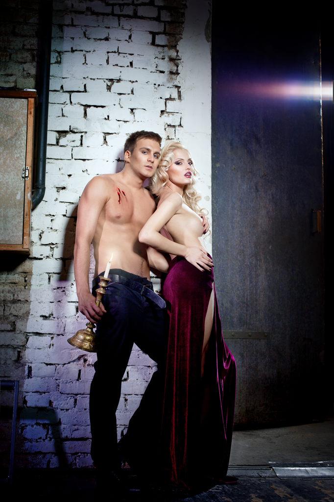 """(Фото) Обнаженные и великолепные: Топ-20 самых """"горячих"""" молдавских звезд"""