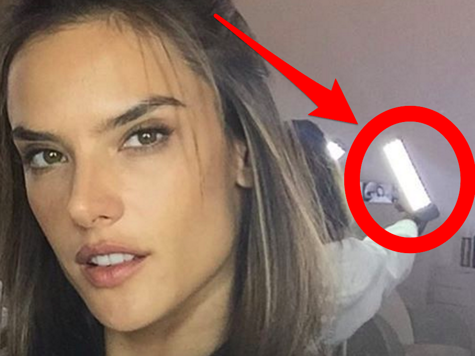 a-victorias-secret-model-got-caught-enhancing-her-bathroom-selfie-with-a-studio-light