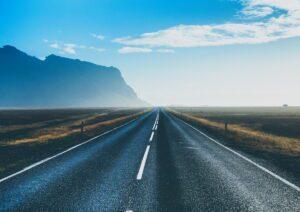 roman-friptuleac-road-in-iceland