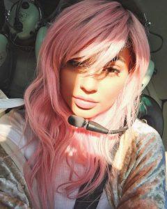 kylie-jenner-pink